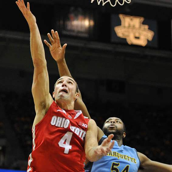 Ohio-State-s-Aaron-Craft-4-drives-to-the-basket-around