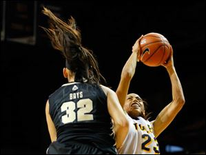 Toledo's Inma Zanoguera puts up a shot against Purdue's Whitney Bays during the second half.