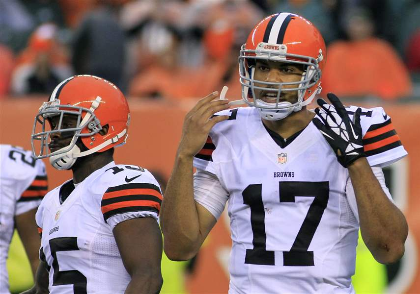 Browns-Bengals-Football-Campbell-11-17