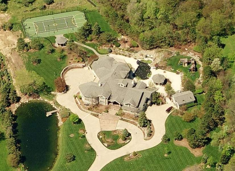Eminem-s-current-home-in-Rochester-Mich