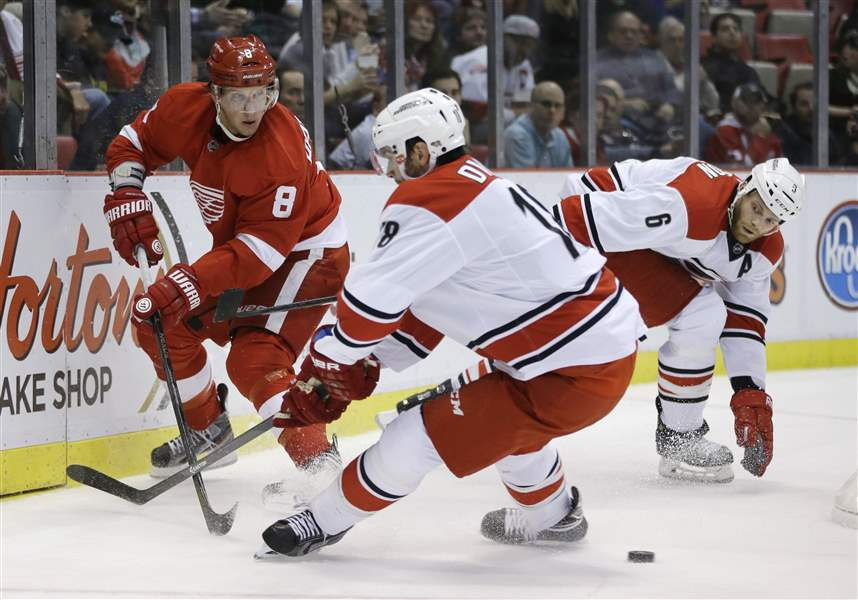 Hurricanes-Red-Wings-Hockey-1