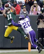 Vikings-Packers-Football-tie-11-24