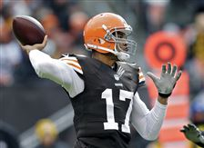 Steelers-Browns-Football-6