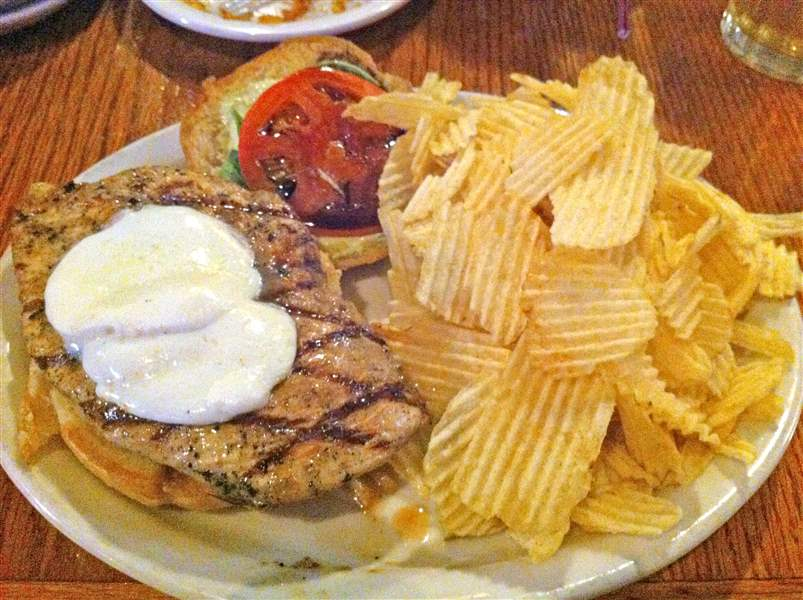 Chicken-sandwich-at-Ye-Olde-Durty-Bird