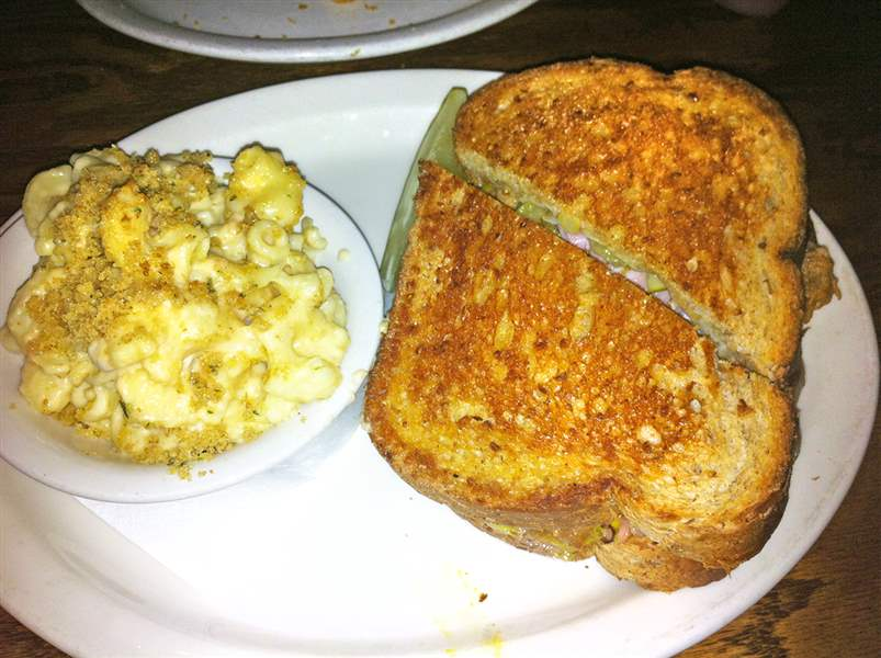 The-Cuban-sandwich-with-Smoked-Gouda-Mac-N-Ch