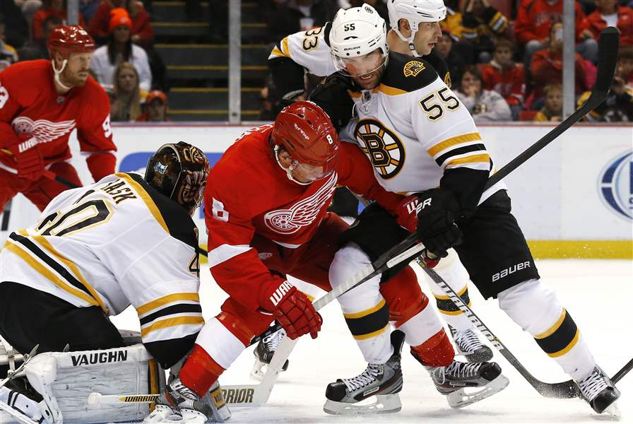 Bruins-Red-Wings-Hockey-7