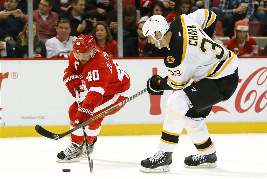 Bruins-Red-Wings-Hockey-4