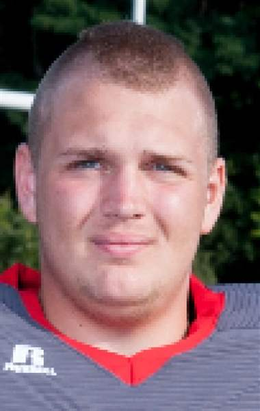 Bedford-football-Alex-Johnson
