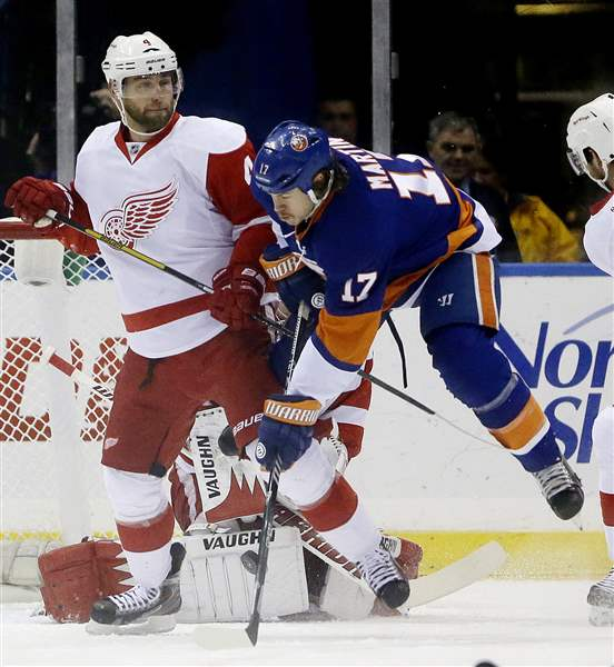 Red-Wings-Islanders-Hockey-7
