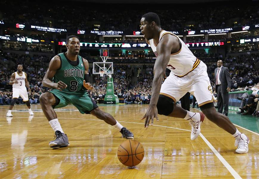 Cavaliers-Celtics-Basketball-2