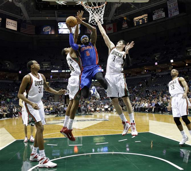 Pistons-Bucks-Basketball-5