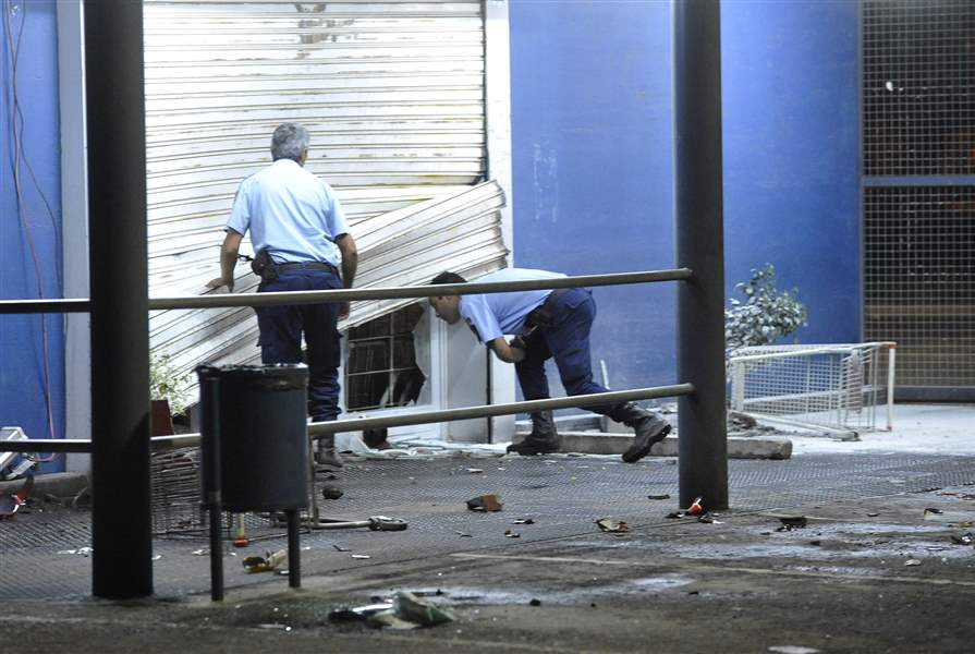 Argentina-Police-Looting