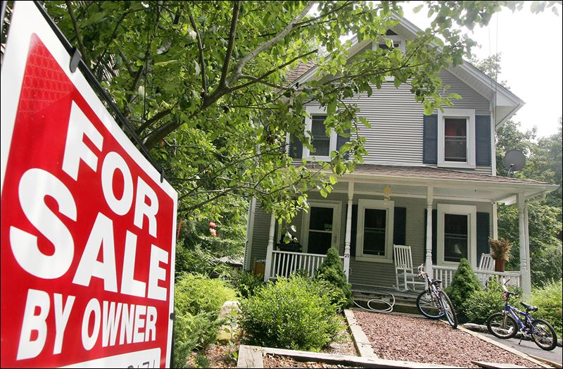 Passing Up Agents Can Save Cash But Bring Sellers Some