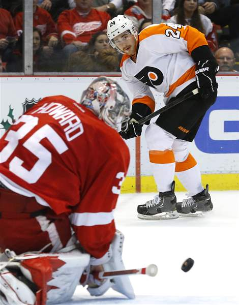 Flyers-Red-Wings-Hockey-8