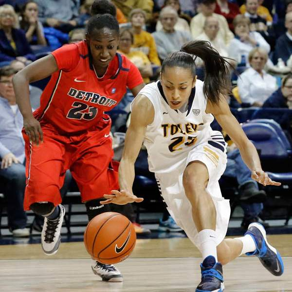 University-of-Toledo-guard-Inma-Zanoguera-23-steals-th