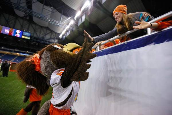 Bowling-Green-State-University-mascot-Frieda-th