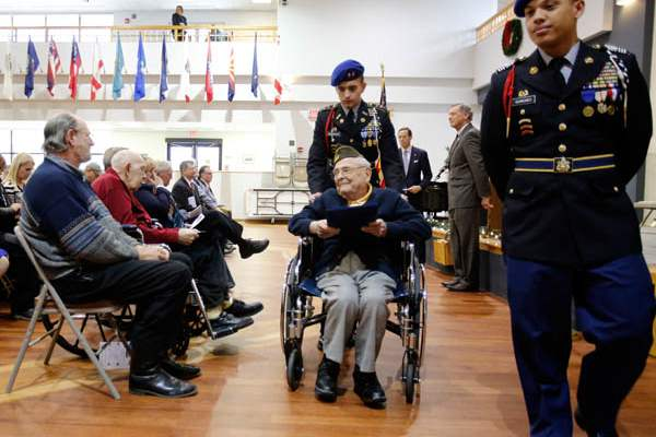 Charles-Malachosky-is-one-of-six-Ohio-veterans-who