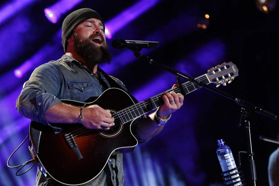 Music-Zac-Brown-Dave-Grohl-1