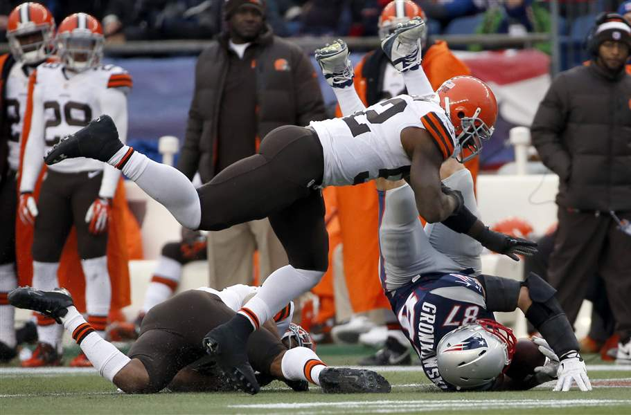 Browns-Patriots-Football-3