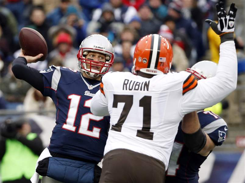 Browns-Patriots-Football-6