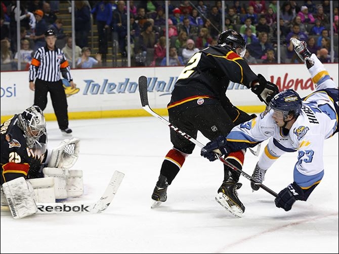 s4fall-1 Alden Hirschfeld, right, is tied for third on the Walleye in scoring with two goals and eight assists through 18 games this season. The Northview grad is in his second pro season, and first with Toledo.