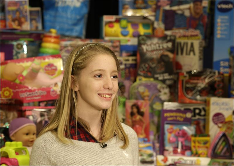 Toys For Teens 2013 : Teen amasses toys for other ohio hospital patients