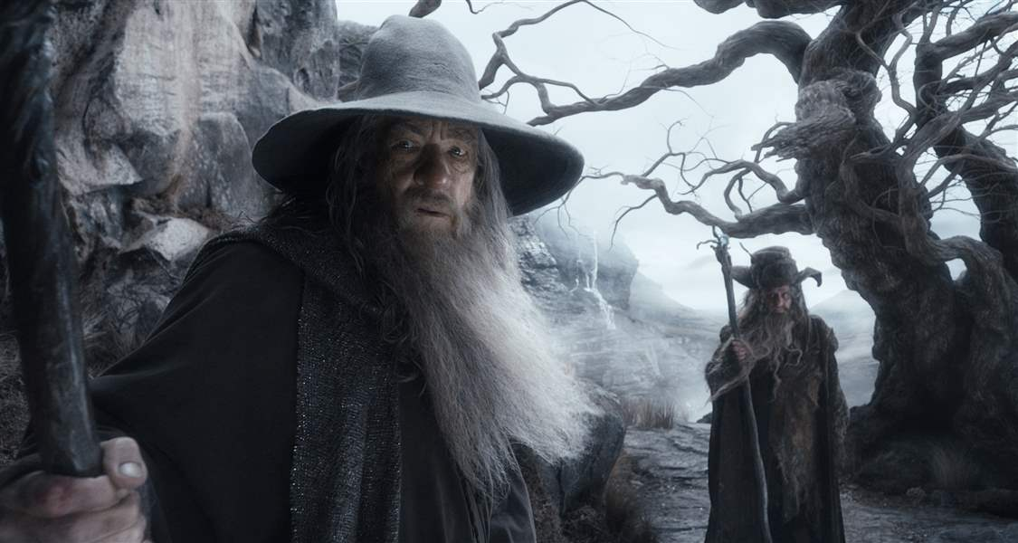 Film-Review-The-Hobbit-The-Desolation-of-Smaug-McKellen
