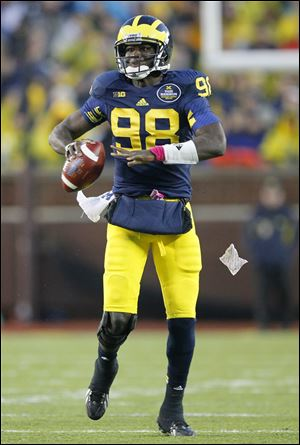 University of Michigan quarterback Devin Gardner and the Wolverines (7-5) face Kansas State (7-5) of the Big 12 in the Buffalo Wild Wings Bowl on Dec. 28 in Tempe, Ariz.