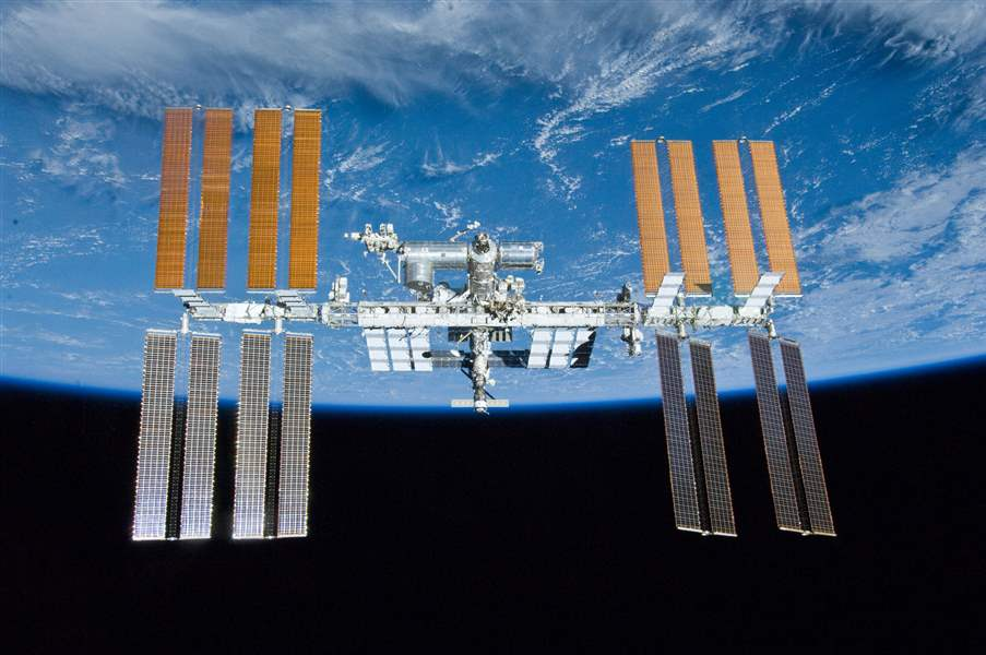 Space-Station-25