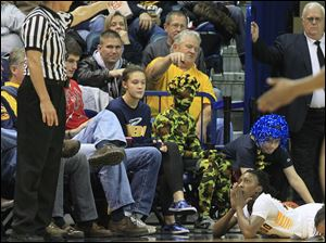 Toledo's Andola Dortch looks to the referee as she gets called for a foul.