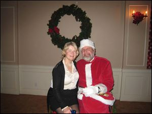 Lynda Gallant and Santa Jim Wallace.