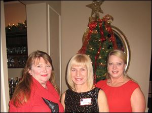 Barb Farley, Diane Dunbar and Lisa Kelly.