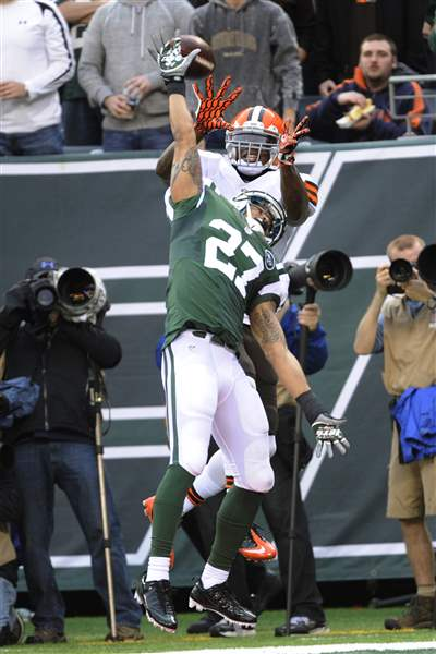 Browns-Jets-Football-Milliner