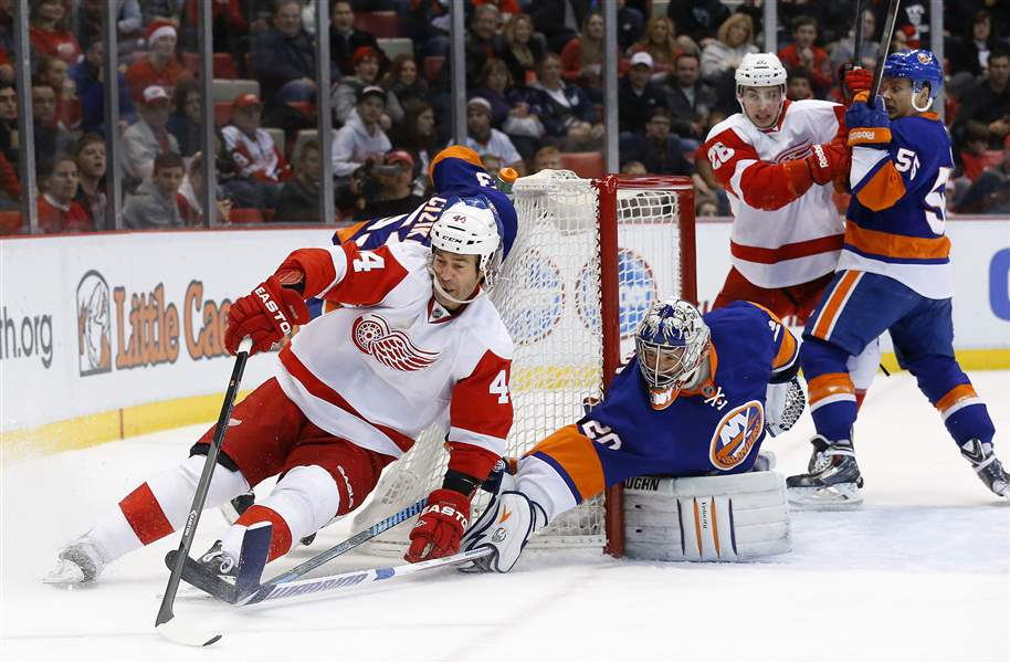 Islanders-Red-Wings-Hockey-2