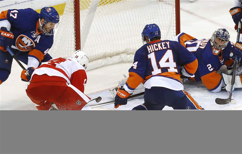 Islanders-Red-Wings-Hockey-7