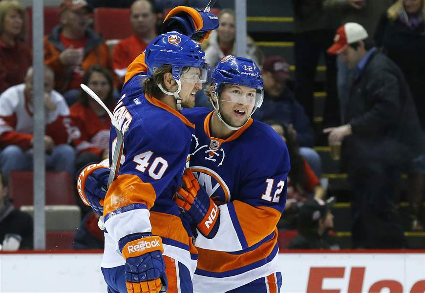 Islanders-Red-Wings-Hockey-8