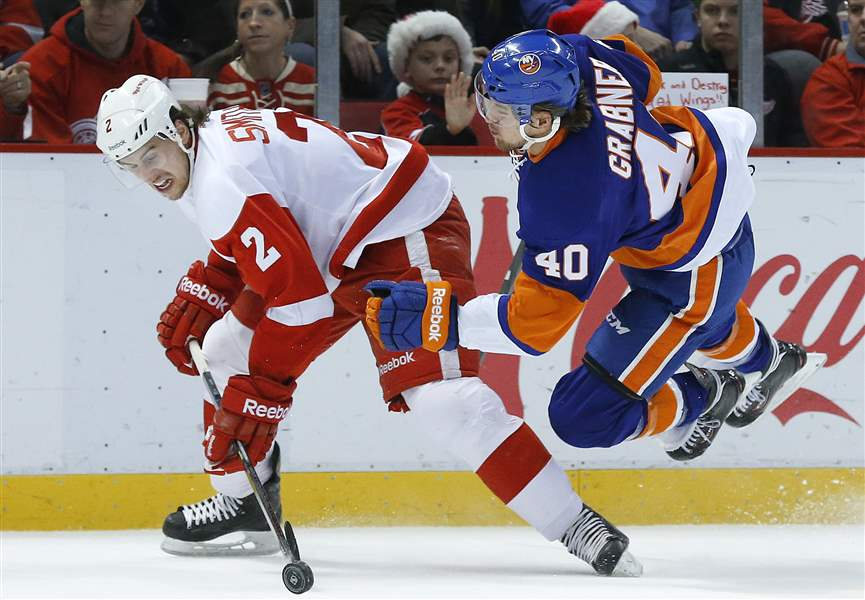 Islanders-Red-Wings-Hockey-9