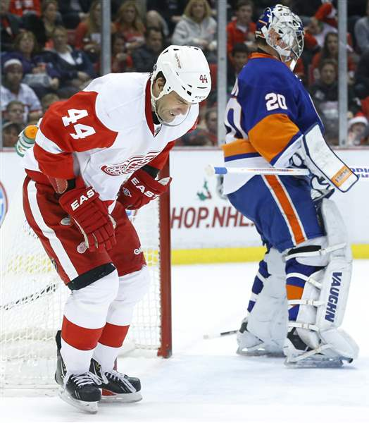 Islanders-Red-Wings-Hockey-3