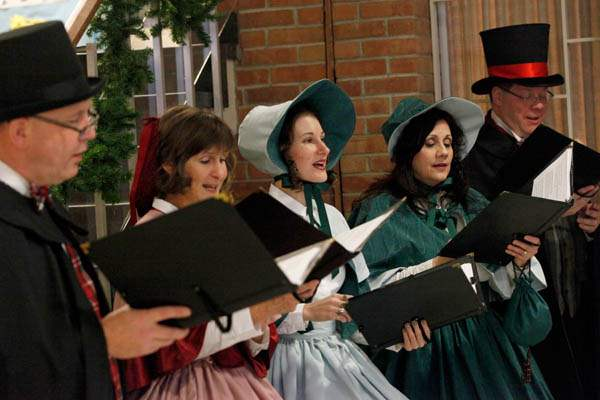 Dickens-Carolers-Paul-Wannemacher-left