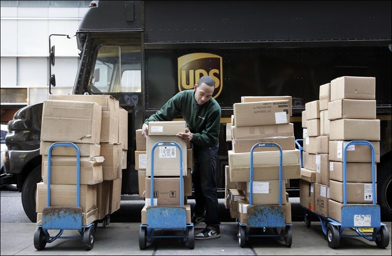 Ups Delivery Amazon refunds shippin...
