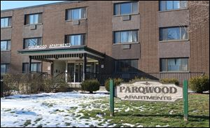 The Parqwood Apartments, 2125 Parkwood Ave., are among the housing complexes that will be smoke-free beginning Wednesday.
