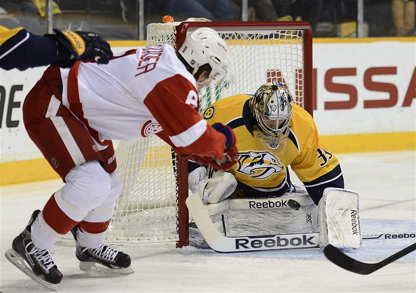 Red-Wings-Predators-Hockey-4