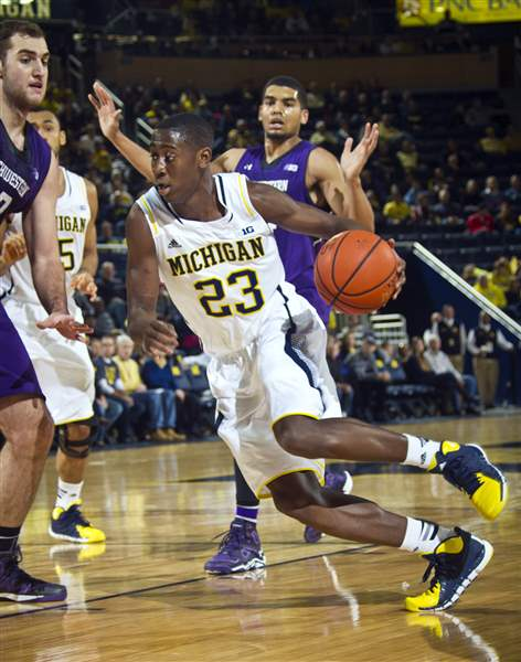 Northwestern-Michigan-Basketball-2