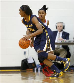 Tierra Floyd, a 6-foot-2 junior, leads the Eagles in scoring (13.9) and assists (4.1).