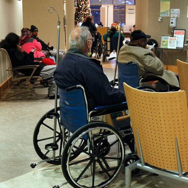 Patients-wait-to-be-triaged-and-treated-at-the-Tol