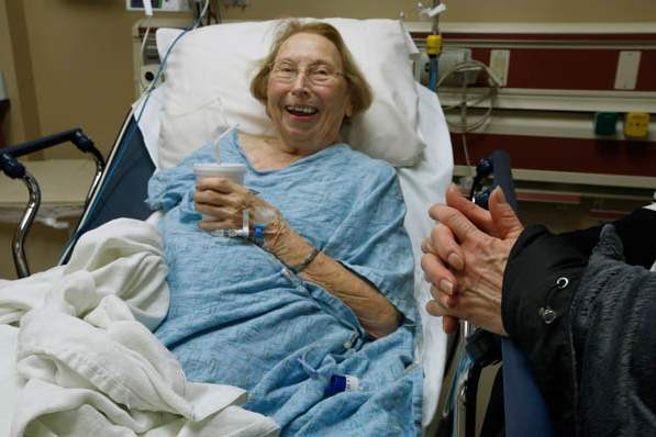 Patient-Ruth-Conway-shares-a-laugh-with-a-family-visito