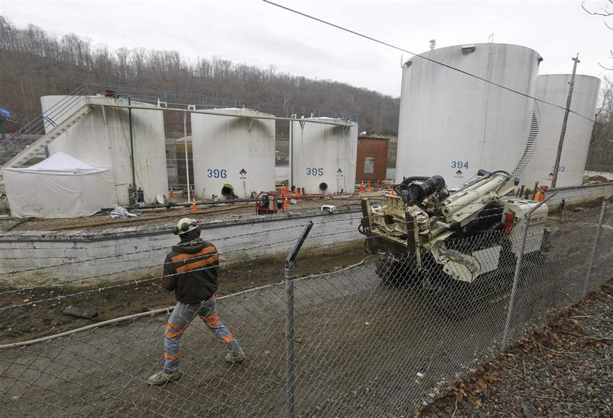 Chemical-Spill-West-Virginia-10