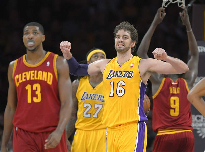 Cavaliers-Lakers-Basketball-2