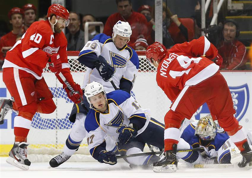 Blues-Red-Wings-Hockey-10