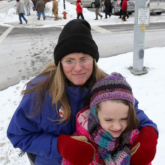 Laurie-Toth-and-her-daughter-Kaelie-8-joined-a-prayer-vigil